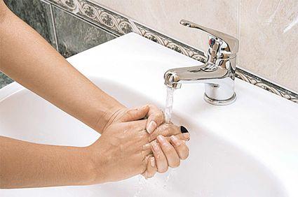 Spălarea corectă a mâinilor previne până la 200 de boli